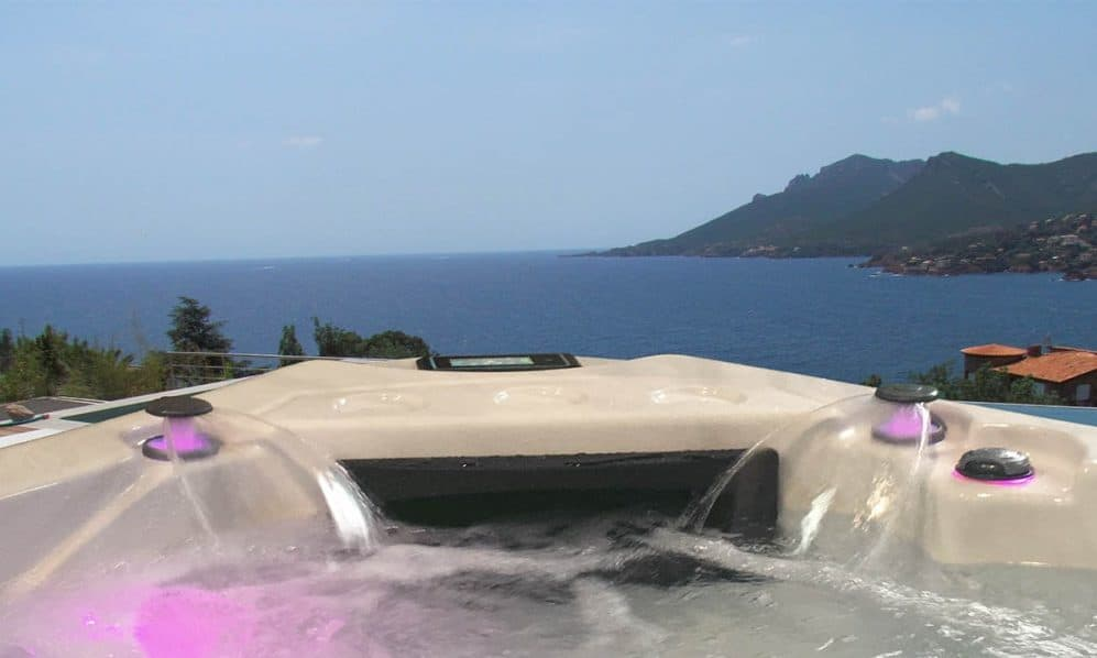 Be Well E585 Deluxe Hot Tub - Mediterranean