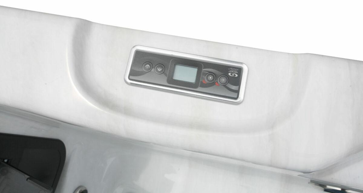 Lynx Hot Tub - Controls