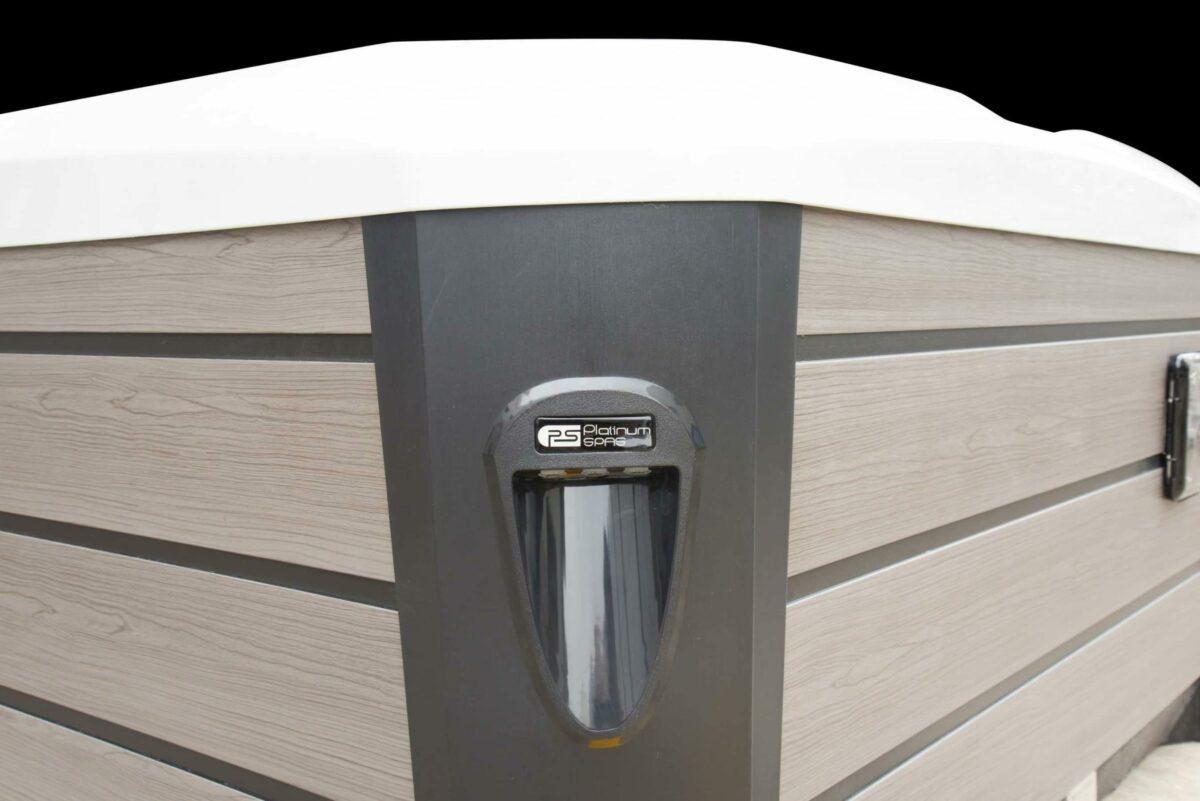 Platinum Spas Arizona Hot Tub - Wooden Sides