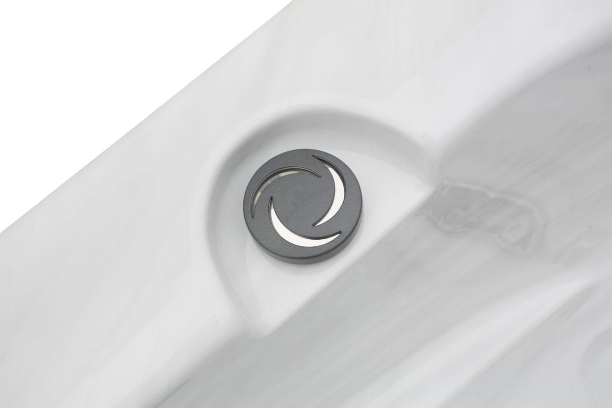 Leo Hot Tub - Detail