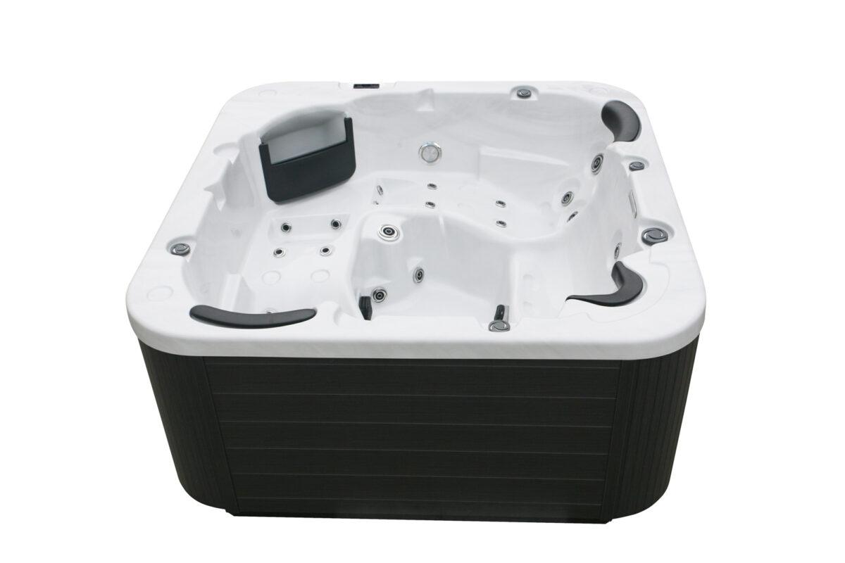 Leo Hot Tub (Black & White)