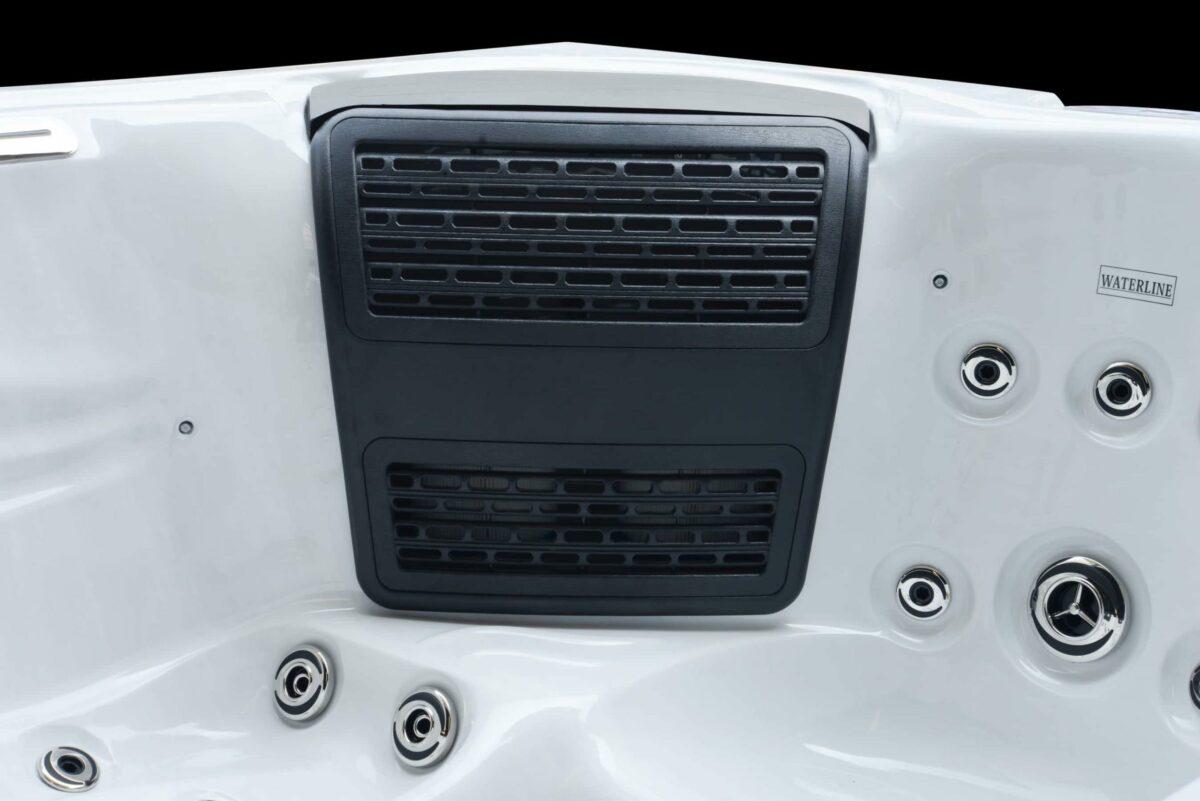 Platinum Spas Topaz Hot tub - Black